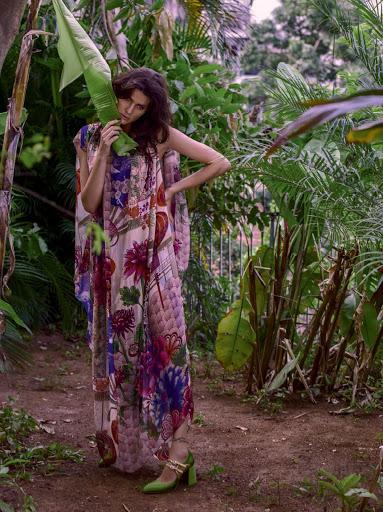 Isabeli Fontana sexy photo shoot Vogue Brazil Magazine October 2015