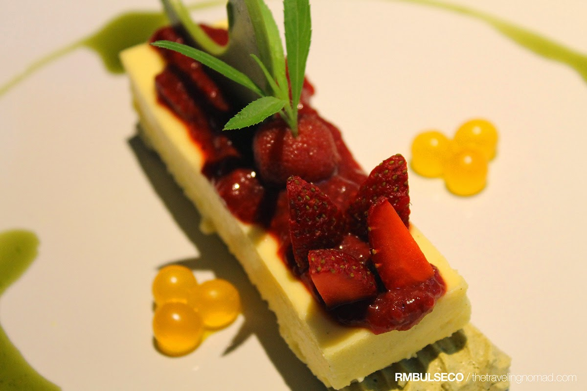 The White House Fusion Cuisine and Wine Lounge