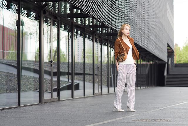 Fotografia mody. Milena Bekalarska. Katowice, Centrum Kongresowe. fot. Łukasz Cyrus