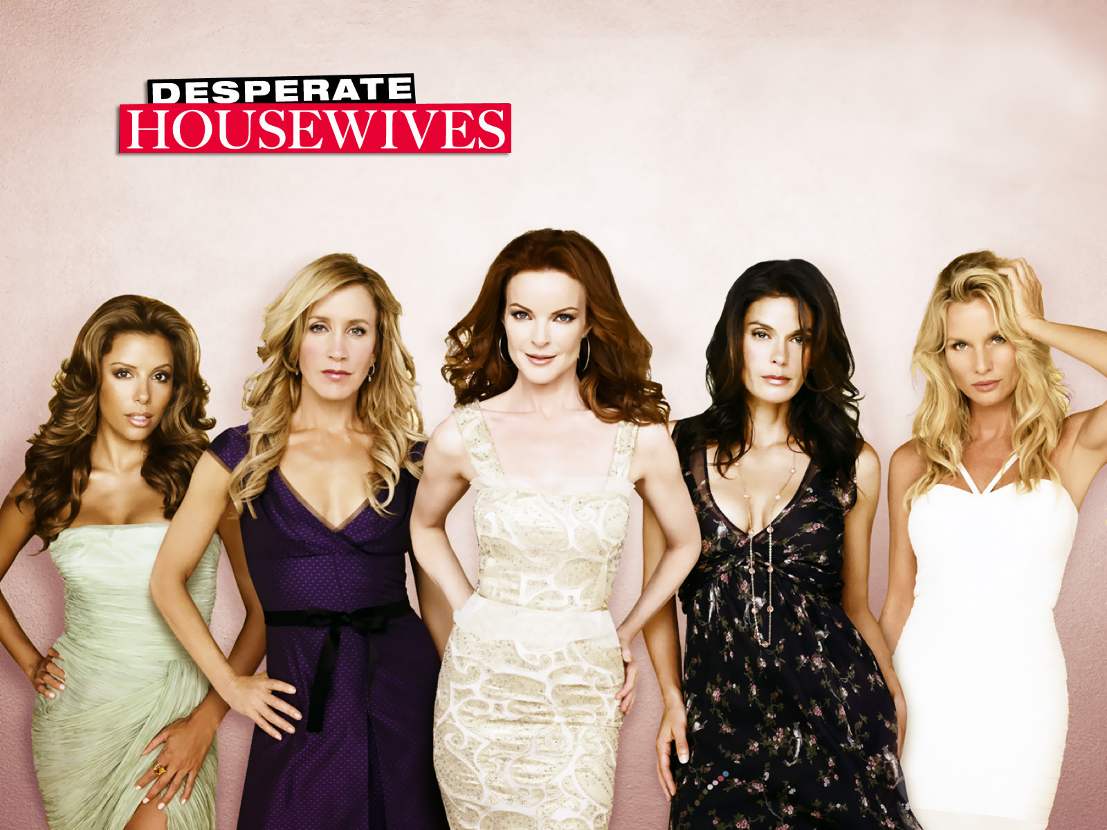 http://2.bp.blogspot.com/-To9Uwj_G5ZI/Th2YXCxaXSI/AAAAAAAAACA/CvOdXPDO26E/s1600/desperate-housewives_0005.jpg