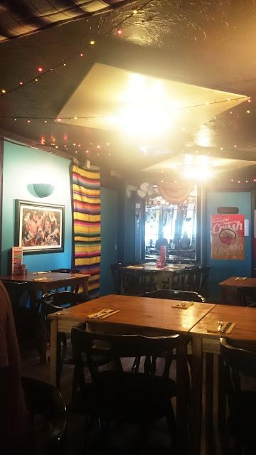 Mexican, Chicken, food, foodie, yummy, delicious, cardiff, cardiff street food, street food, amazing, Cocktails, drinks, mexico, sombreros, friends, besties, amigos,
