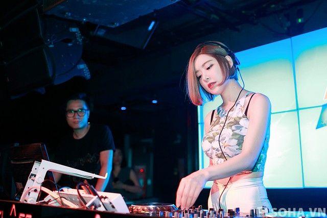 Foto Sexy DJ Soda Di Vietnam
