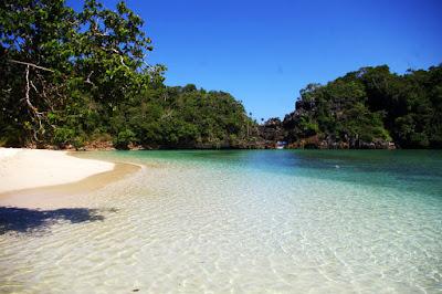 wisata pulau sempu, segara anakan, danau di pulau sempu, rute wisata tiket masuk