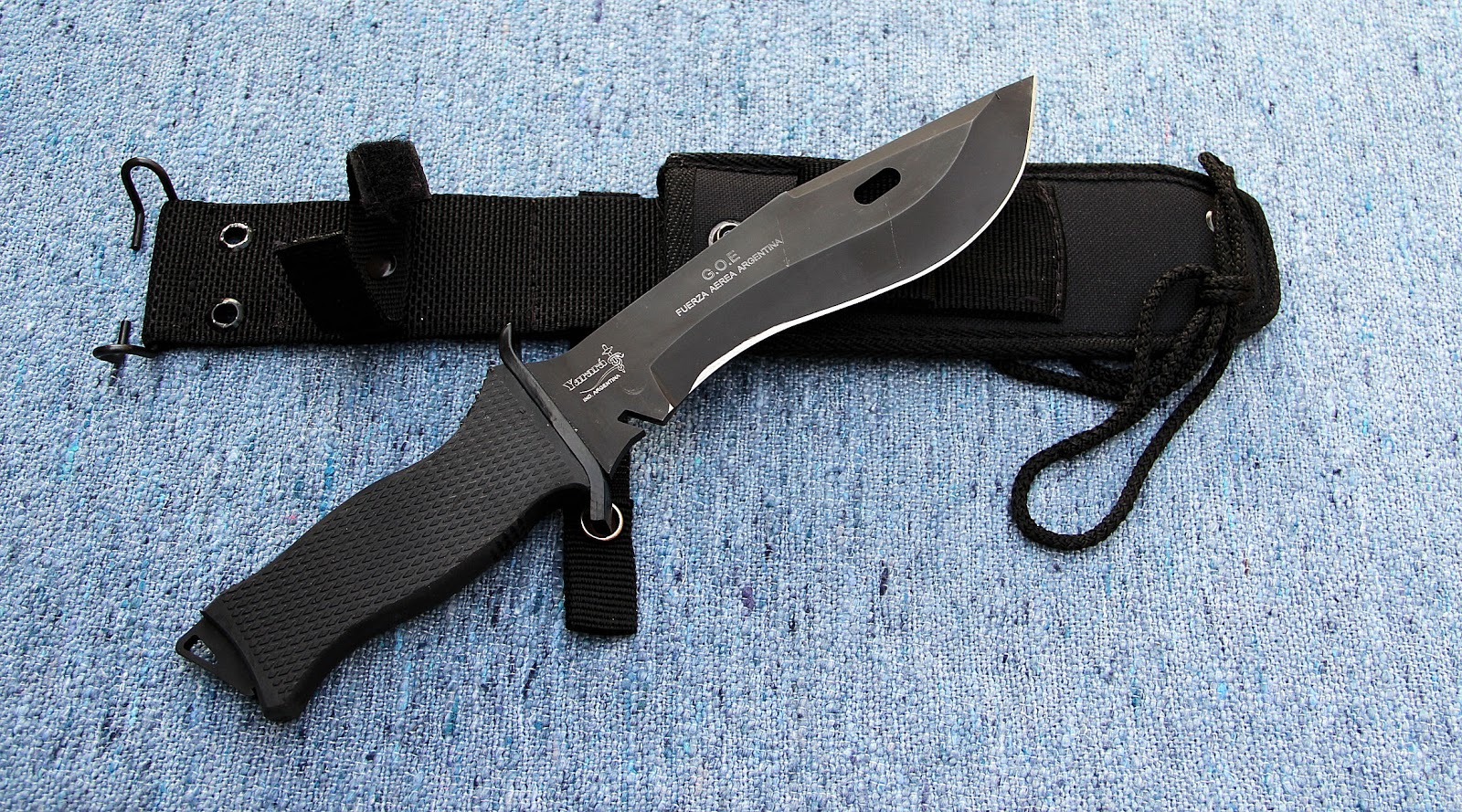 Modernos cuchillos militares argentinos yarara taringa for Clases de cuchillos de mesa