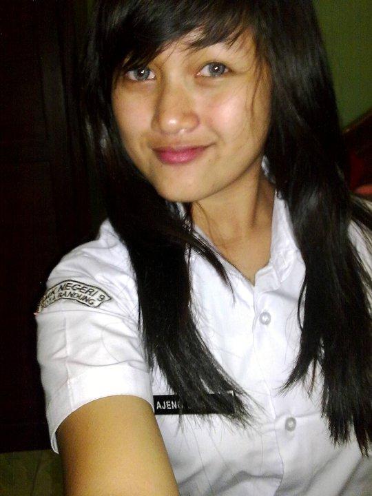 Indonesia girls : abg sma - repost.