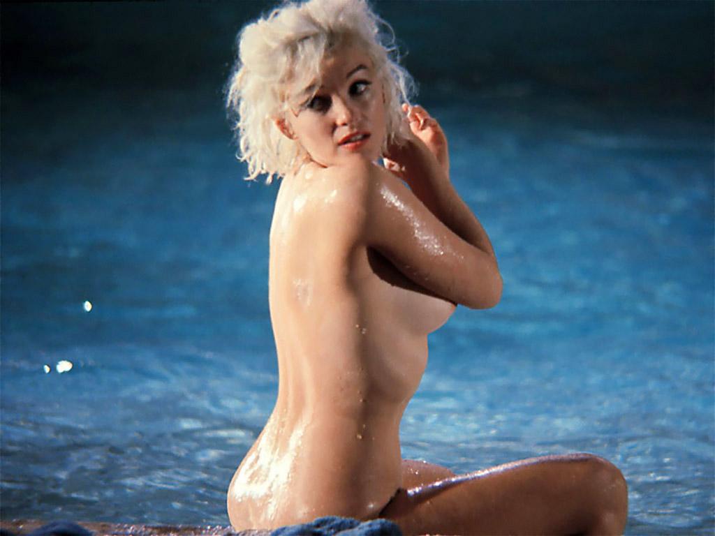 gone-famous-naked-film-naked