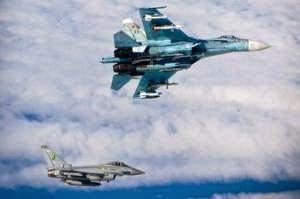 Jet Inggris Cegat 4 Pesawat Tempur Rusia di Langit Baltik