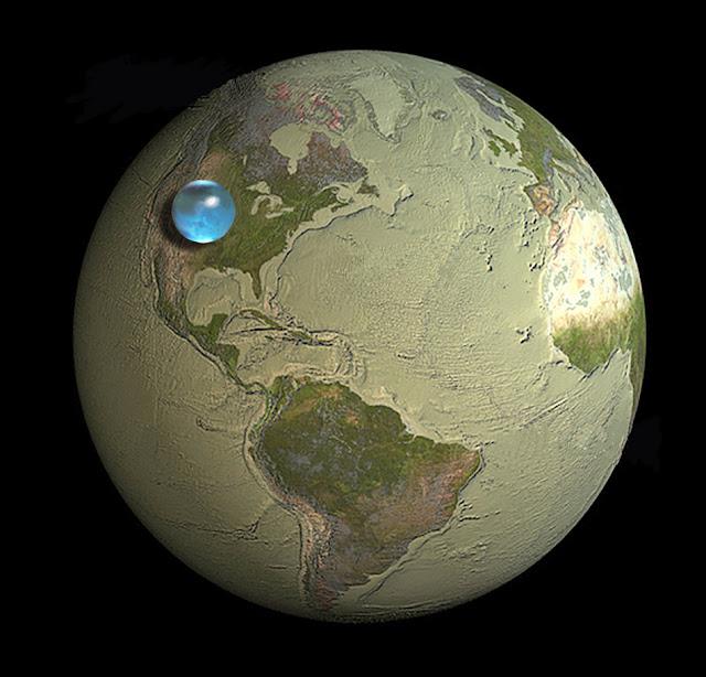 Toda el agua de la Tierra en una pequeña esfera
