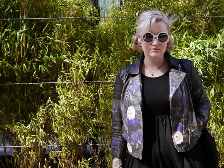 Secret Garden, Pearlswirl, leather, floral, maternity, plus size, fbloggers, panda, bamboo backdrop, Edinburgh, #scotstreetstyle, style, fashion, street style, rockabilly