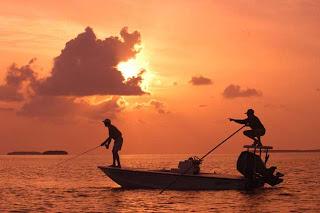 Pescadores,mega interessante,natureza,planeta, pescadores, lixo plástico, natureza, lixo no mar,poluição dos oceanos