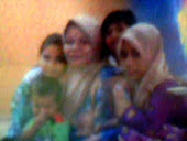 My MOm n adk2KU....