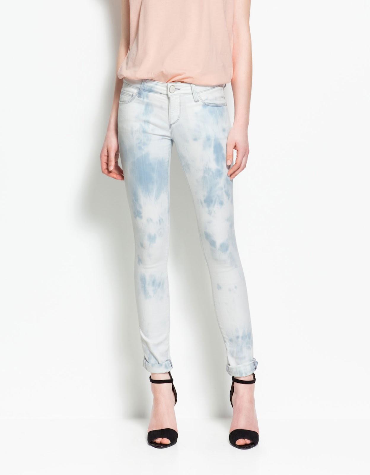 http://2.bp.blogspot.com/-TpzK9IfYjPo/T47HJF3A3XI/AAAAAAAAMe4/7LU_0sougWU/s1600/tie-dye_jeans,_zara,_white_sweater+25,99.jpg