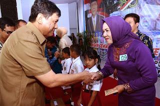 Peringatan Hari Ibu ke-45, OKI Raih Sekolah Adiwiyata Tingkat Nasional dan Kecamatan GSI Terbaik Provinsi