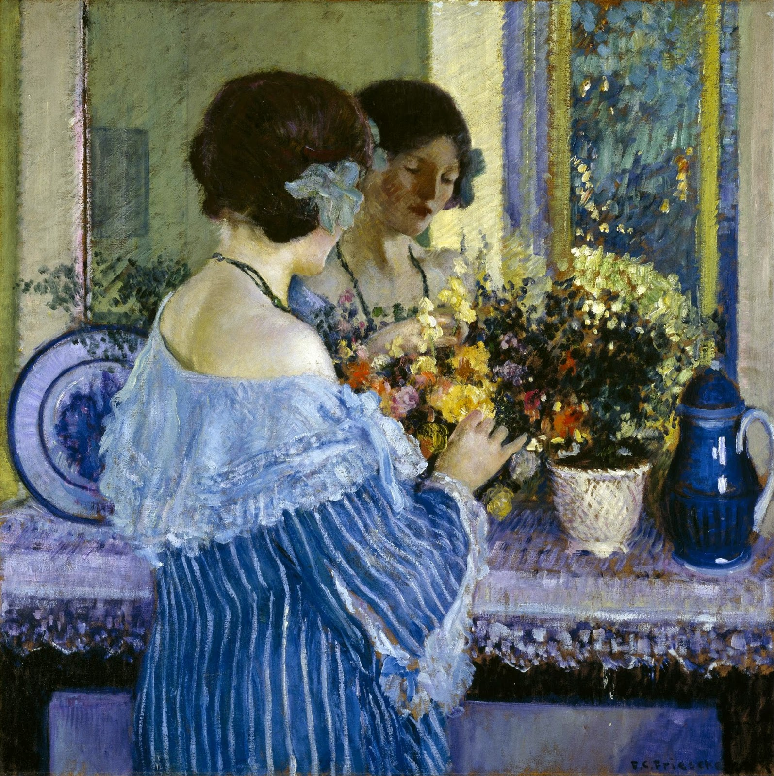 fata-in-albastru-aranjand-florile-frieseke-1915