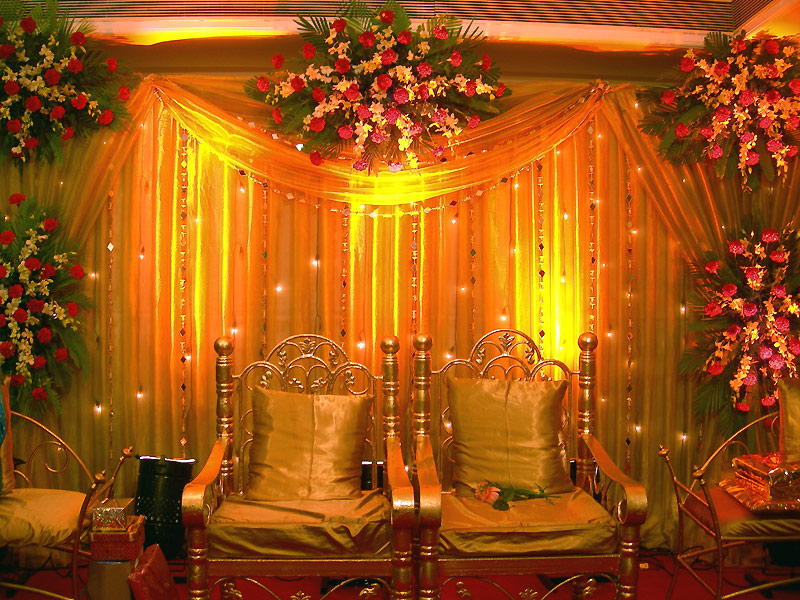 Indian wedding reception decor shaadi for Wedding event decorators