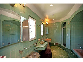 bath Coolest House on Caravan! 10765 Lindbrook Dr.   Little Holmby