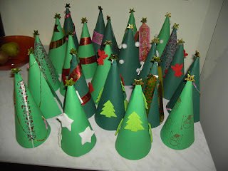 paper christmas trees advent calendar tutorial