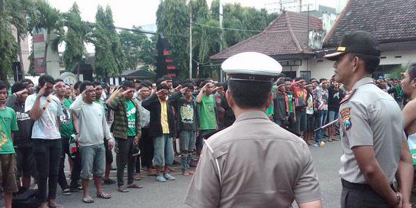 Sering Rusuh Deltamania dan Bonek, Laga  ISL Diungsikan ke Malang