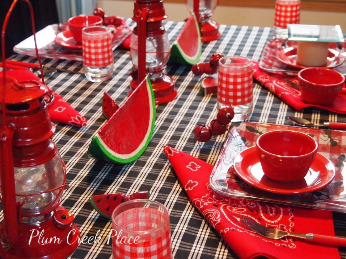 Jingle bell ants, summer picknic table setting, gingham checks