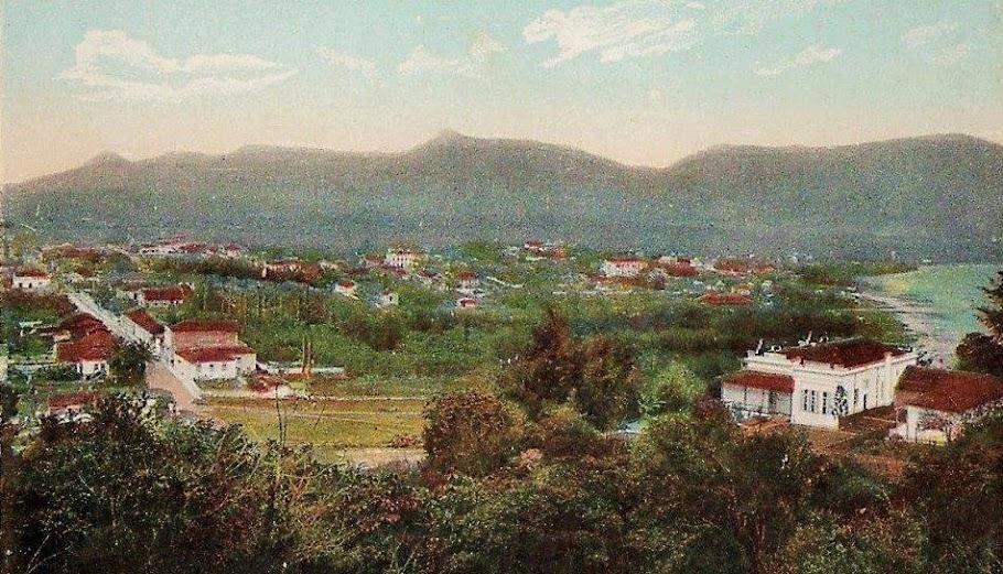 São Vicente no início do século XX. Cartão postal colorizado.