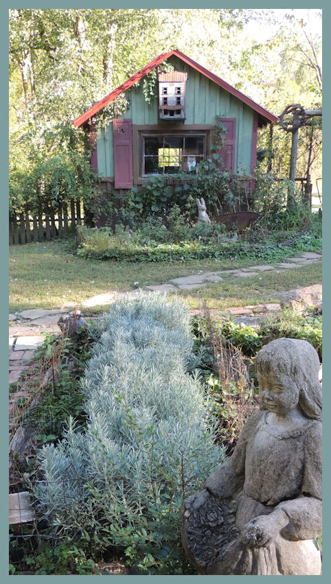 Hopalong Hollow Gazette October Gardens And Delight In