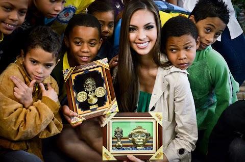 Miss Perú realiza acción social en Sao Paulo - Miss Universe 2011