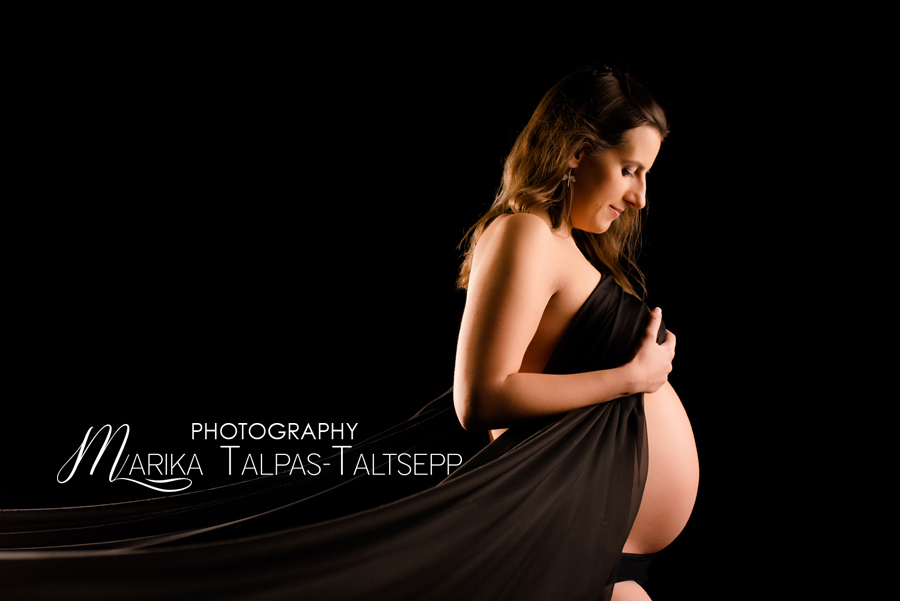 ootus-kangas-beebiootel naine