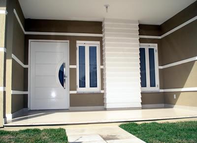Rumo a casa nova porta da frente for Modelos fachadas para frente casa