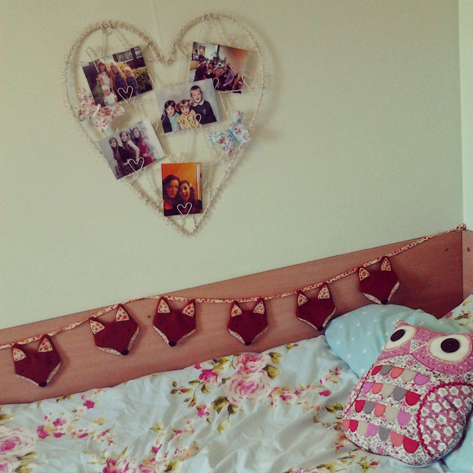 Sylvia Owl Cushion  £16.25, Vintage Wire Heart Photo Holder  £9.95, Paddy  The Fox Fabric Bunting  £13.75