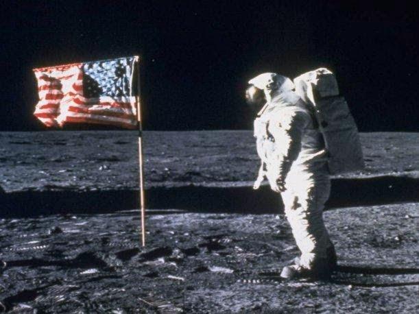 La escena de Neil Armstrong se grabó en un plató