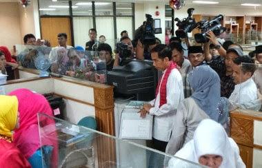 Jokowi dibikin kesal pegawai Kantor Walikota Jakarta Timur