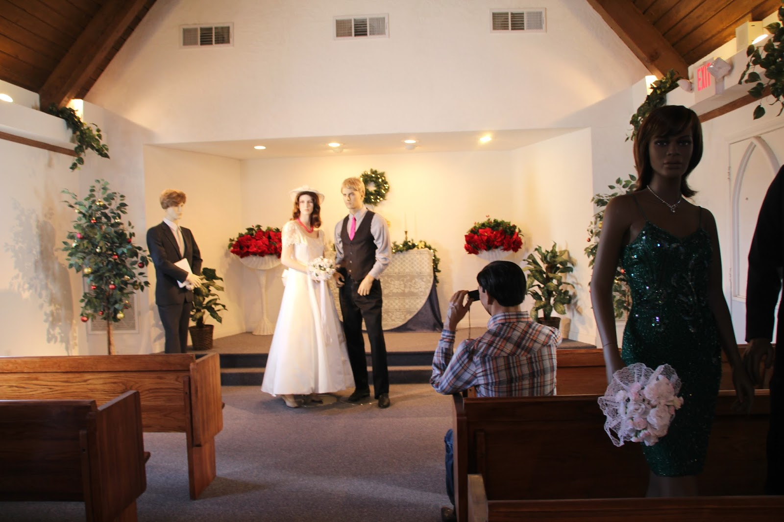 That S Pretty Much How It Unfolded For The Candlelight Wedding Chapel A Quaint Free Standing Churchlike Structure With Steep Roof Lines Sat Four