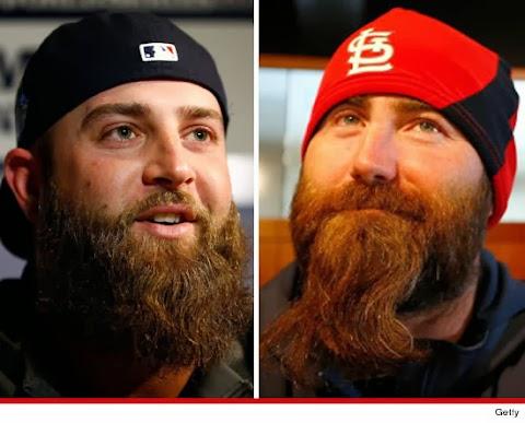 Barba de Mike Napoli y Jason Motte