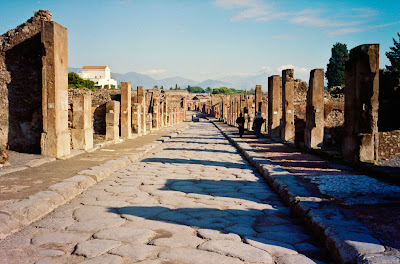 Pompeii workers say wall of ancient house crumbling
