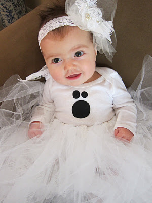 do it yourself divas diy baby ghost halloween costume tutorial revealed. Black Bedroom Furniture Sets. Home Design Ideas