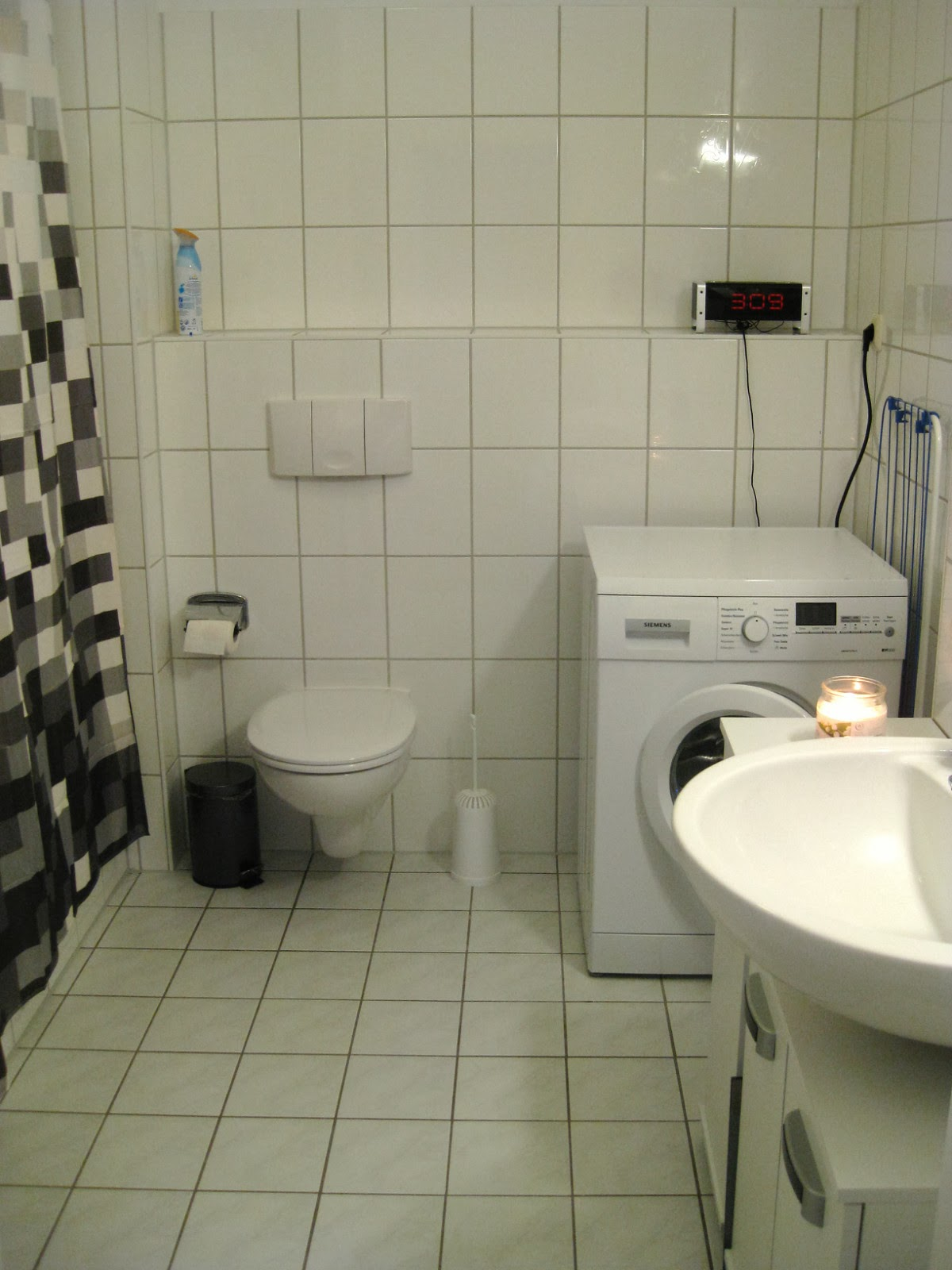 German apartment tour bathroom welcome to germerica for Small bathroom designs with washing machine