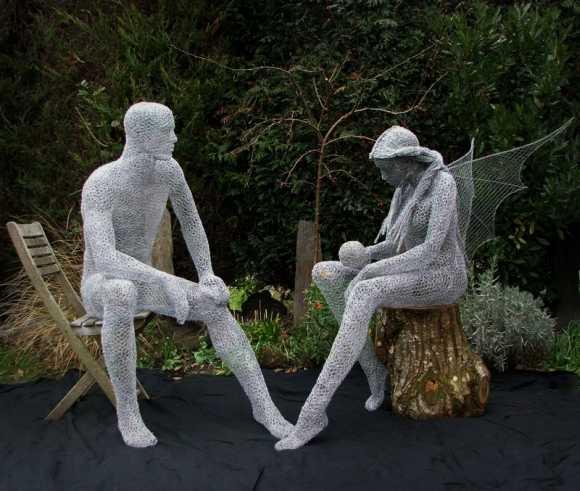 Derek Kinzett esculturas feitas de arames O homem verde e Cristal