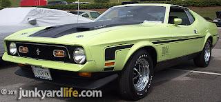 junkyard life classic cars muscle cars barn finds hot. Black Bedroom Furniture Sets. Home Design Ideas