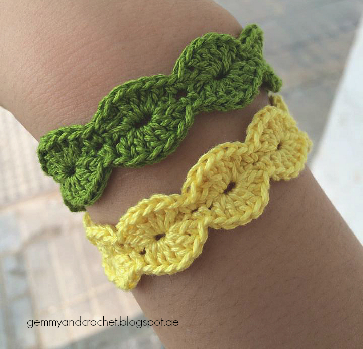 All About Crochet Free Pattern Scallop Bracelet