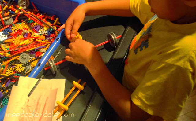 Reason 4: Hands on fun building at Henry Ford Museum  | iNeedaPlaydate.com @mryjhnsn