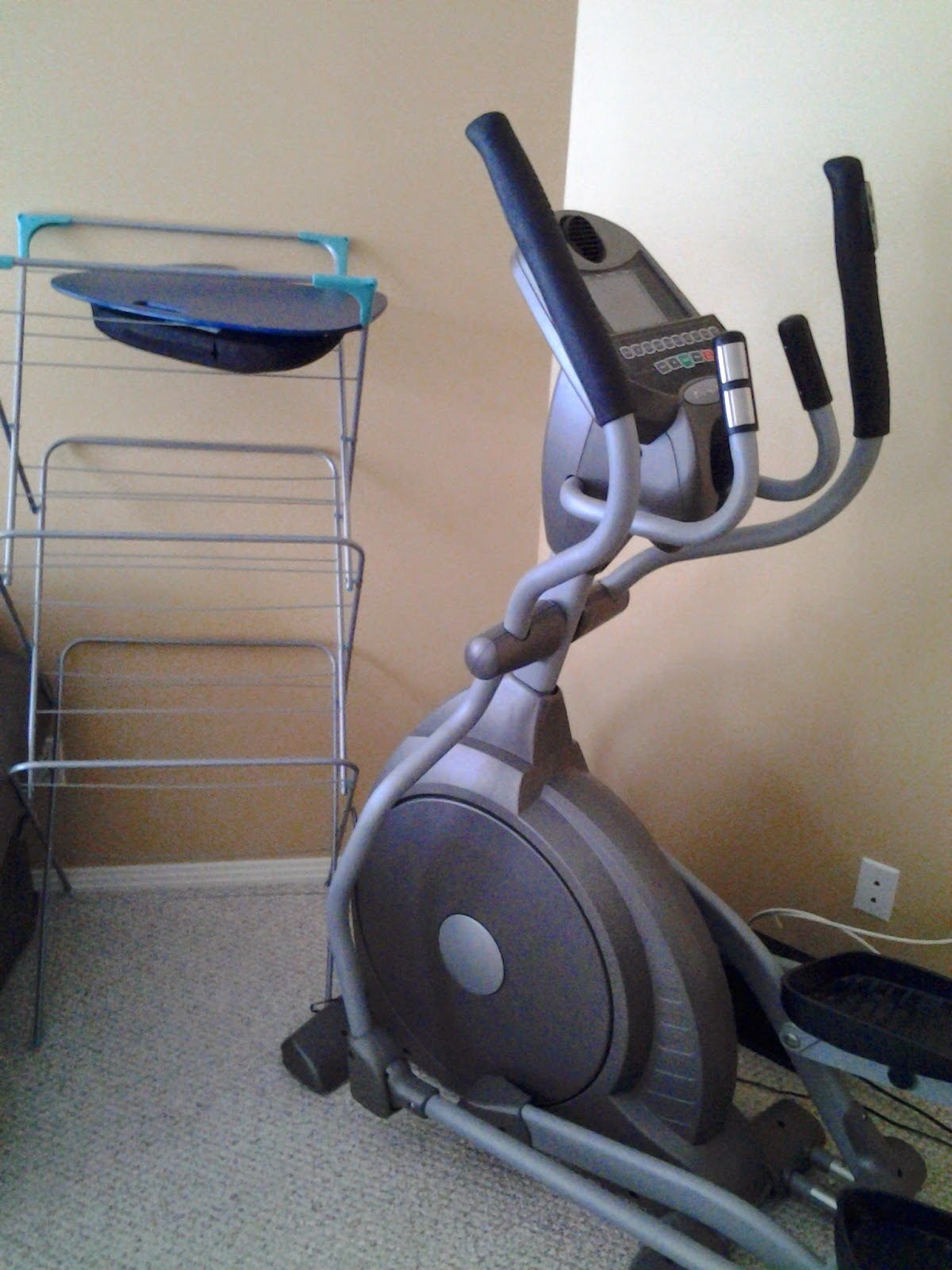 elliptical spirit xe200