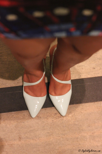 pointed mint heels