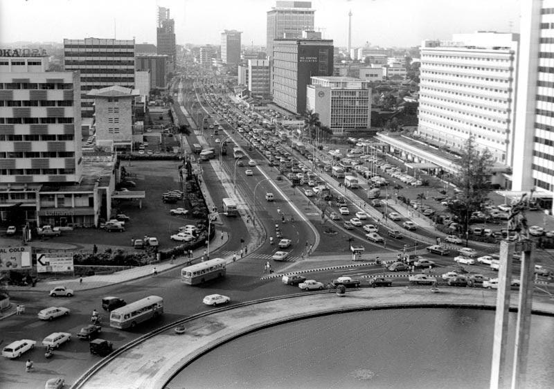 Segala Ada: Menengok Pesona Kota Jakarta Tahun 1970-an