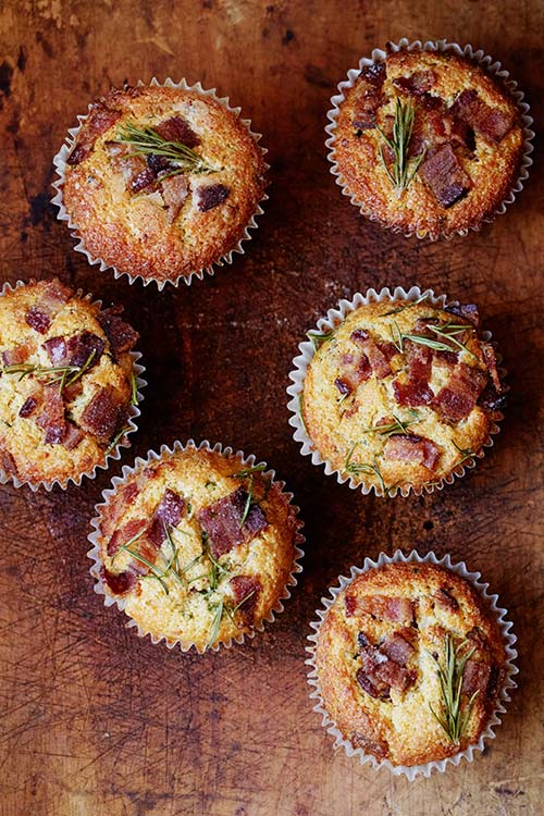 Bacon Cheddar Muffins | Friday Favorites at www.andersonandgrant.com