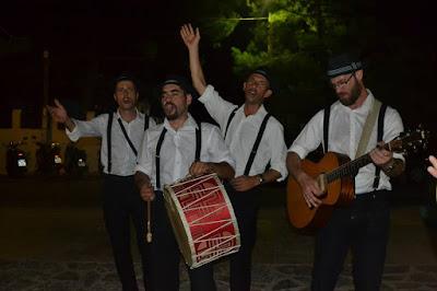 ΝΕΑ ΑΚΡΟΠΟΛΗ: Ηράκλειο, Κρήτη: σύγχρονοι τροβαδούροι