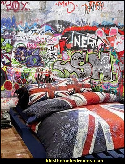 Decorating theme bedrooms maries manor graffiti wall for Bedroom mural designs