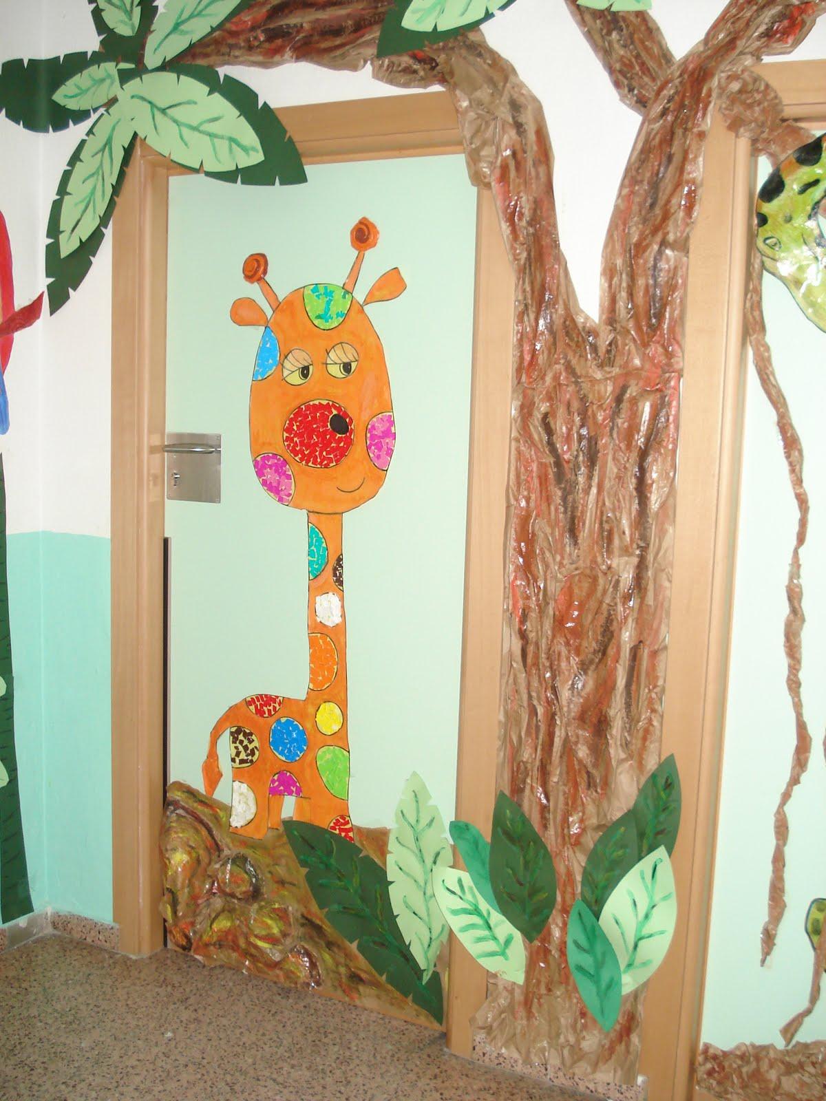 Recursos de educaci n infantil febrero 2011 for Decoracion puerta aula infantil