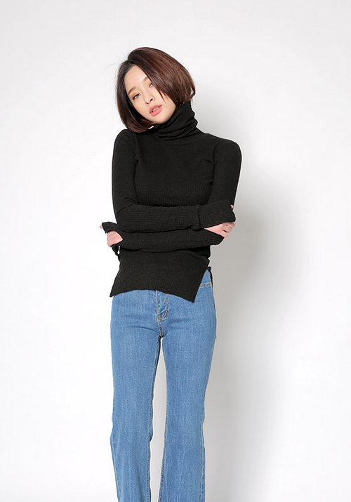 Slit Sleeve Hem Turtleneck Top