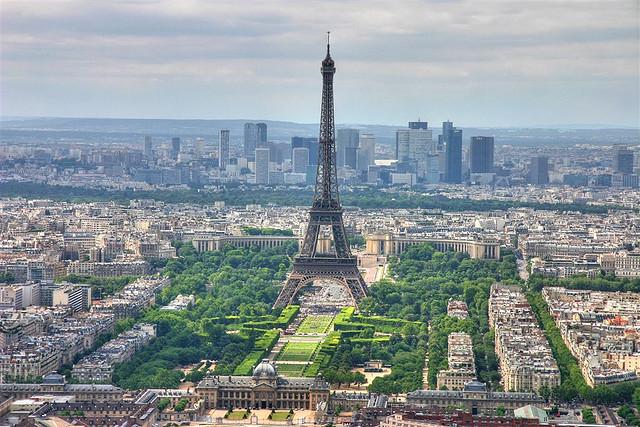 اهم المناطق السياحيه التي تجذب السياح في باريس