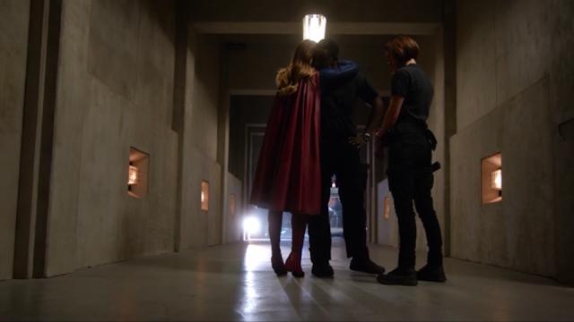 supergirl 1x11